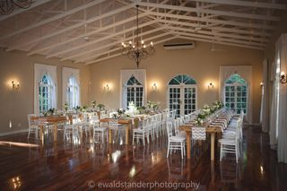 banquet style wedding decor and flowers 035