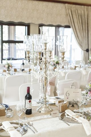 banquet style wedding decor and flowers 012