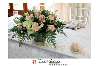 wedding flower tables floral creations 5